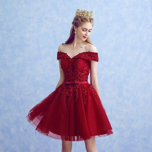 Sexy Red Lace Knee Length Prom Dresses