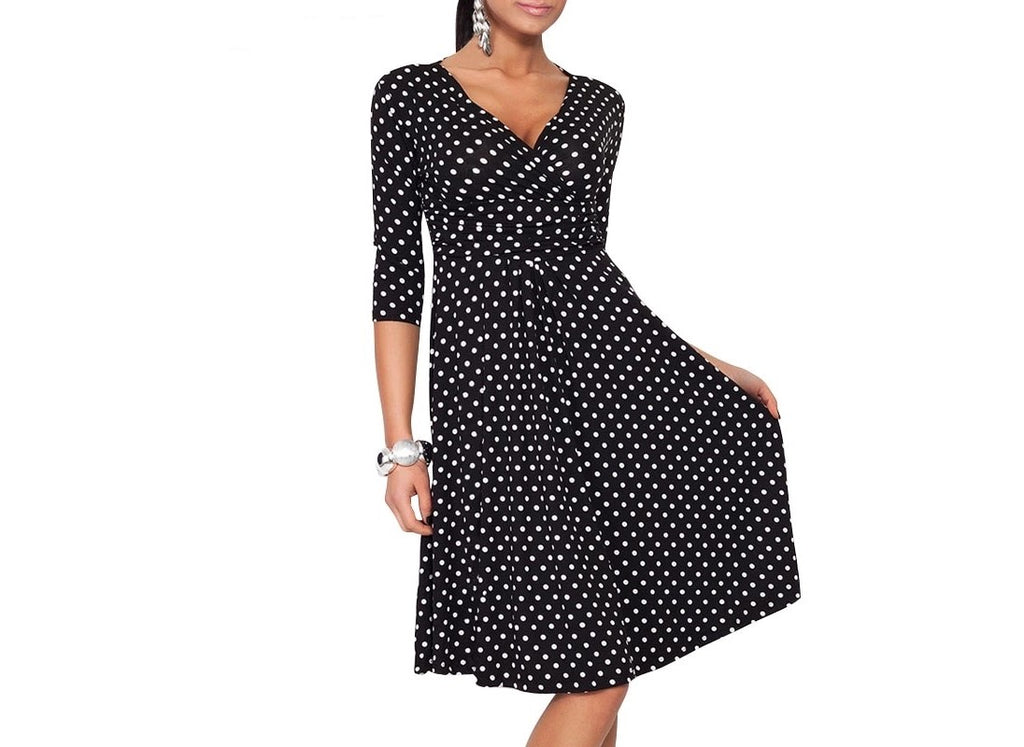 Fashionably Pregnant Black Polka Dot Dress Fashionably Pregnant Online Maternity and Nursing Boutique U.K Free delivery. Specialists in Maternity and Breastfeeding fashionable clothes for pregnancy and beyond. Maternity Dresses, Maternity Tops, Special Occasion, Maternity Jeans, Baby Shower Dresses, Maternity Wedding Guest. UK based independent business