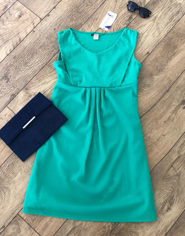 Breastfeeding Nursing Fashionably Pregnant Smart green dress sleeveless