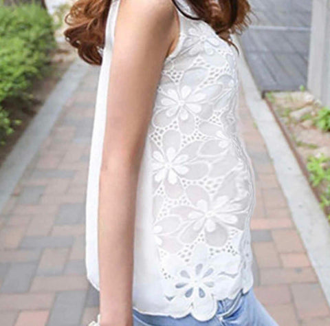 Fashionably_Pregnant_Maternity_White_sleeveless_top_side