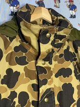 Load image into Gallery viewer, LL Bean Goretex Duck Camo (L)