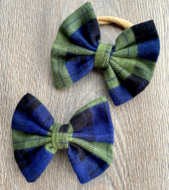 Seaweed and Berry Plaid Bow