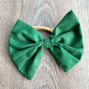 Holiday Pine Green Bow