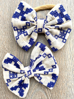 Farmhouse Blue Bow