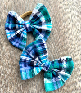 Periwinkle and Teal Plaid Bow