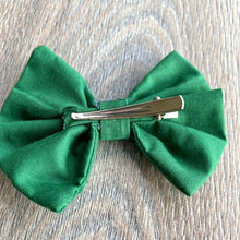 Load image into Gallery viewer, Holiday Pine Green Bow