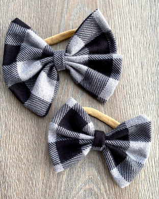 Black and Cloud Plaid Bow