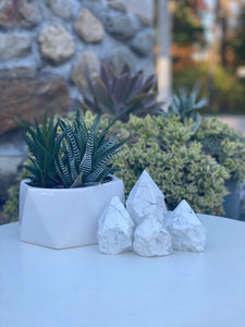 Large Howlite Points