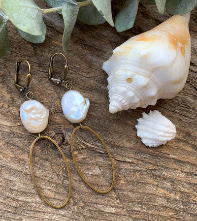 Freshwater Pearl Calla Earrings
