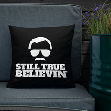 Load image into Gallery viewer, Stan Lee STILL TRUE BELIEVIN' - Pillow [SPECIAL EDITION]