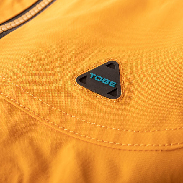 Small details, like this subtle TOBE Carabiner logo on the left chest, make the Novo Jacket special and one of our all-time favorites..