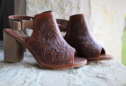 Roper Mika Tooled Leather Sandal