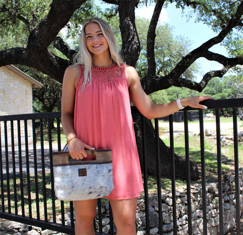 STS Cowhide Flat Rock Clutch