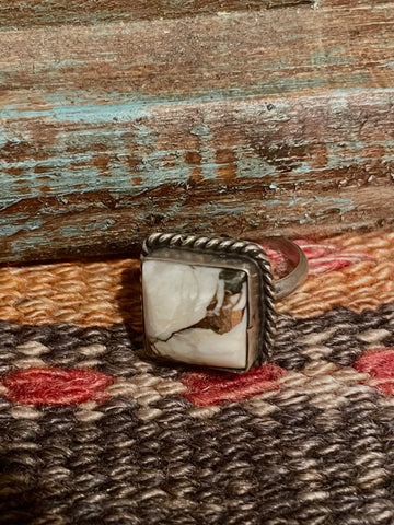 IT White Buffalo Square Rope Ring