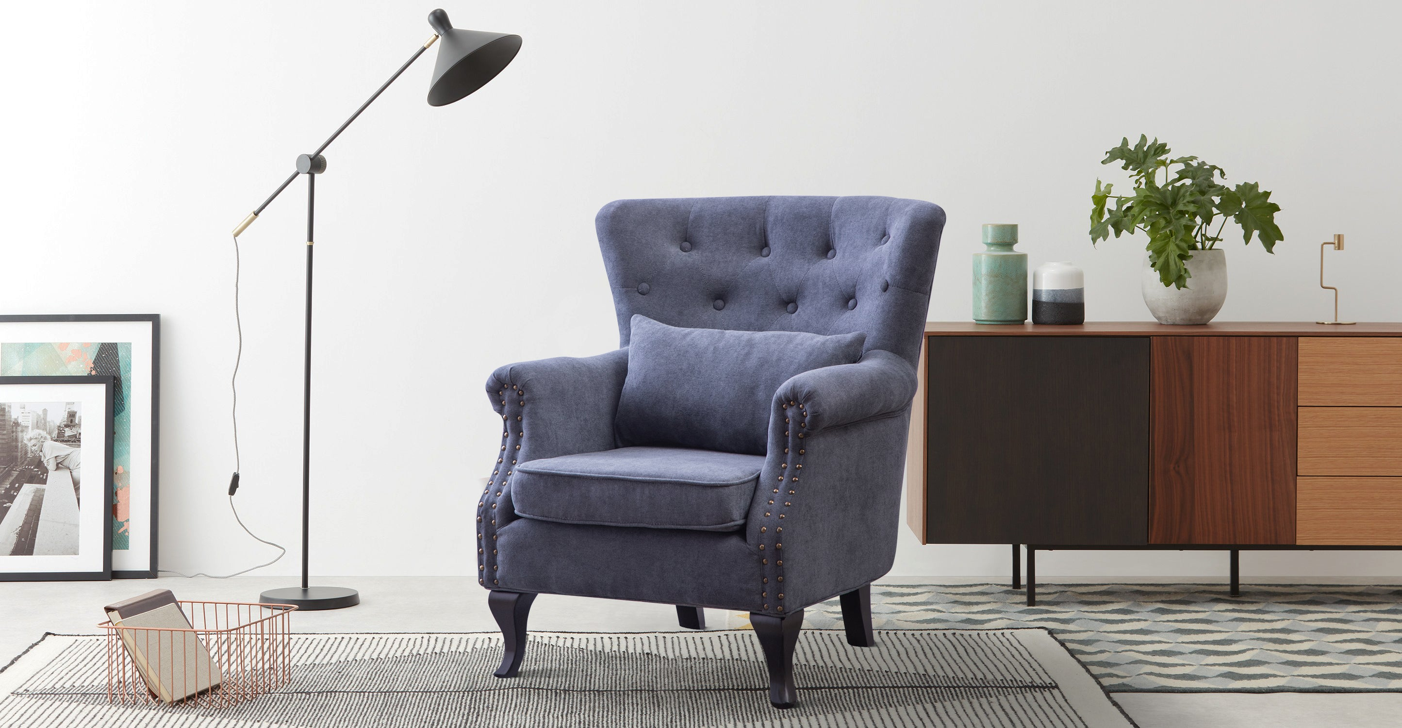 Retro Chesterfield Suede Fabric Armchair