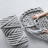 Thick Chunky Knitted Blanket Hand Knitting Yarn Blanket Core Yarn Ball