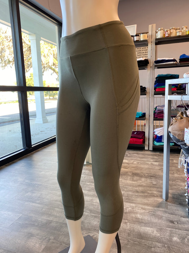 Soft As Butter Pocket Capri Leggings in Grey Sage