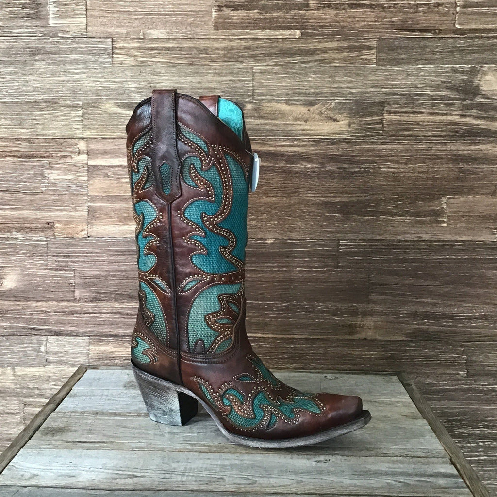 Tan / Turquoise Inlay Embroidery & Studs