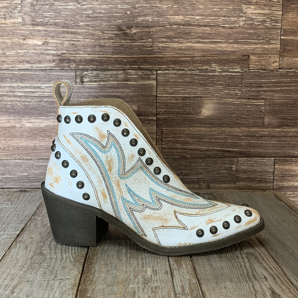 LD White Studs Booties Circle G by Corral