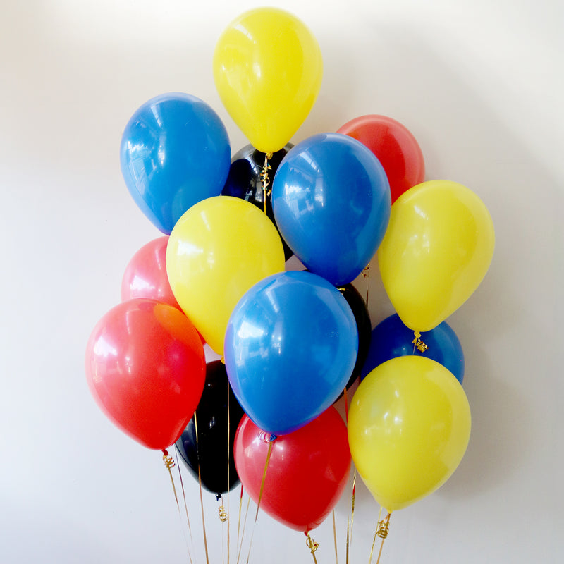 Pack of 15 Latex Balloons - Super Hero