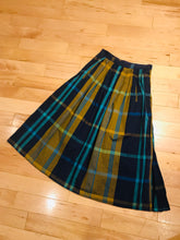 Load image into Gallery viewer, Original 1990s French Connection Side Button Skirt
