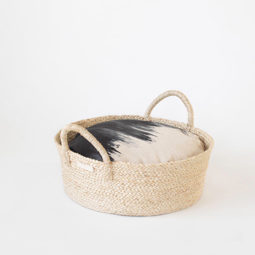 Basket Bed in Paintbrush