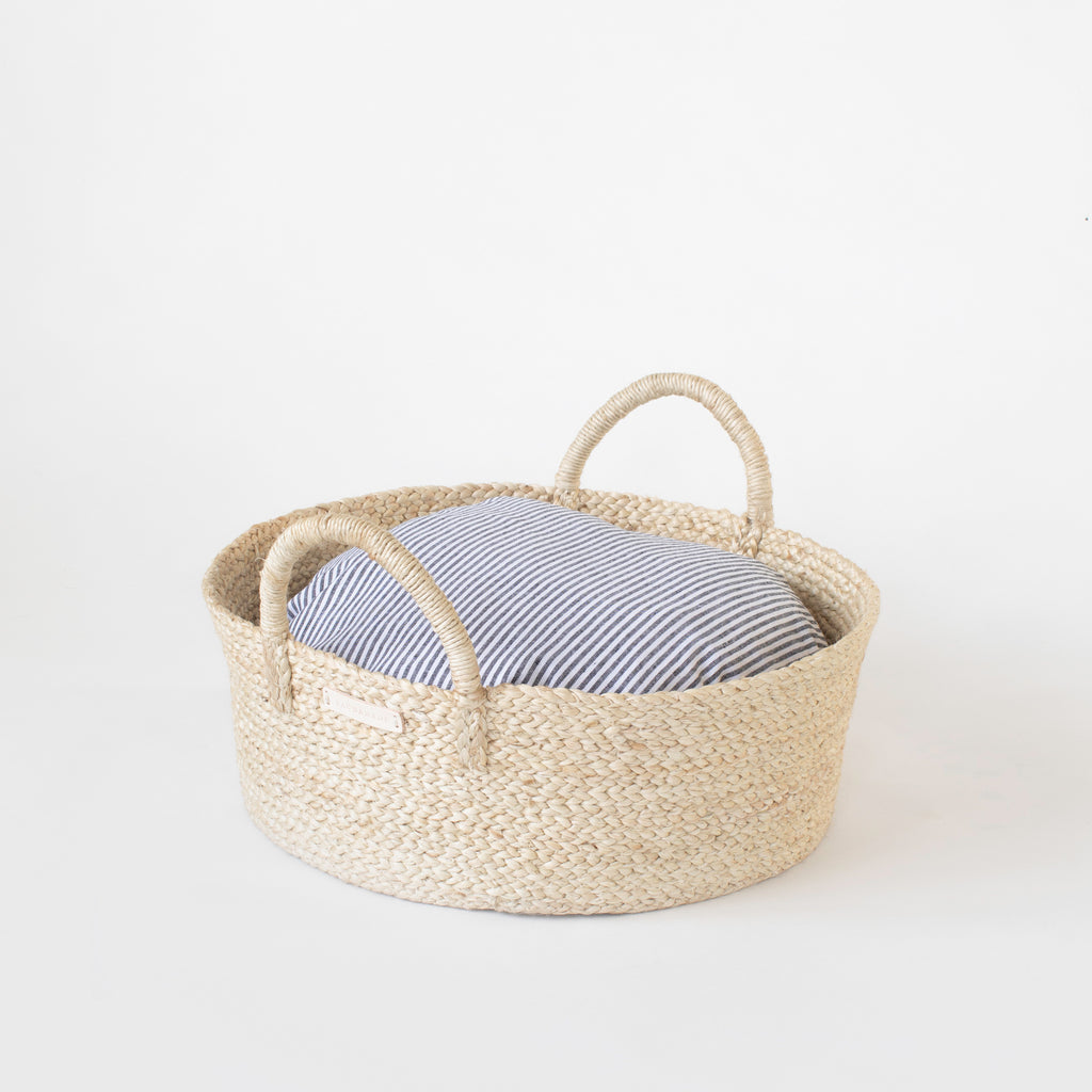Basket Bed in Gray Stripe