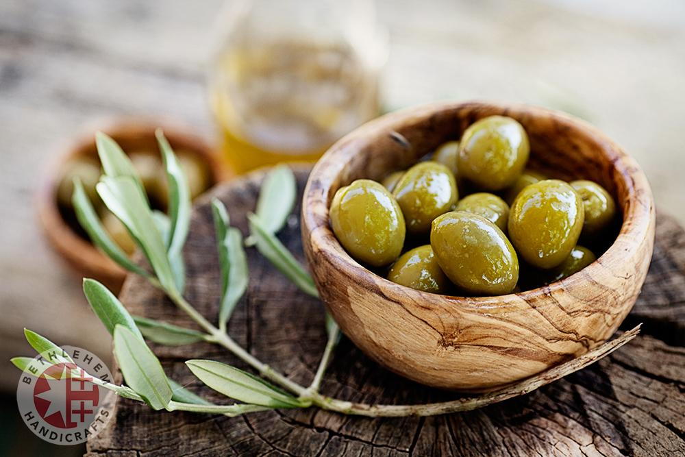 Olives in wooden bowl