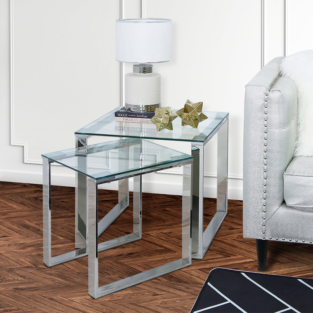 Where Should a Side Table be Placed in Living Room?
