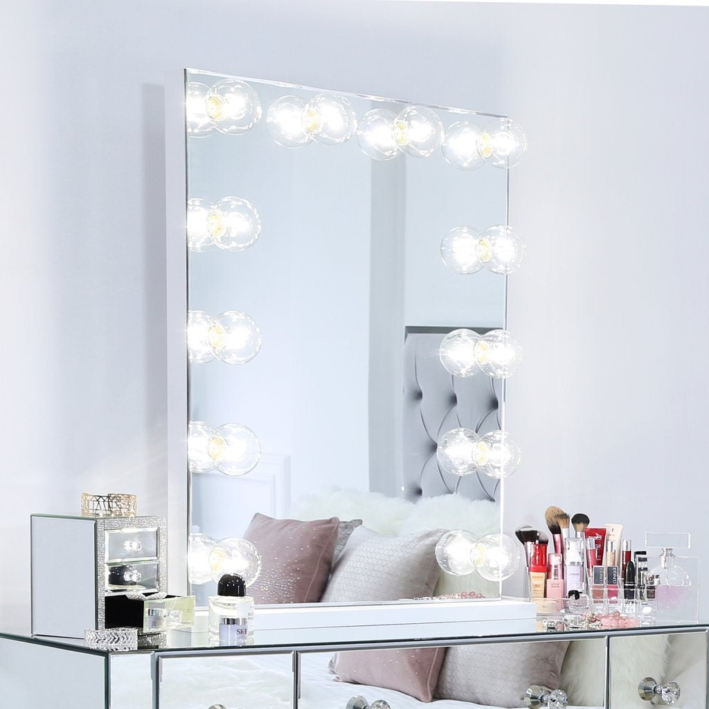 How to maintain a vanity Makeup table?