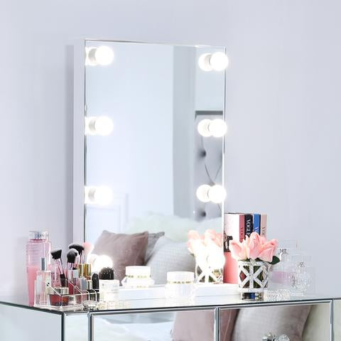 HOW TO DECORATE DRESSING TABLE