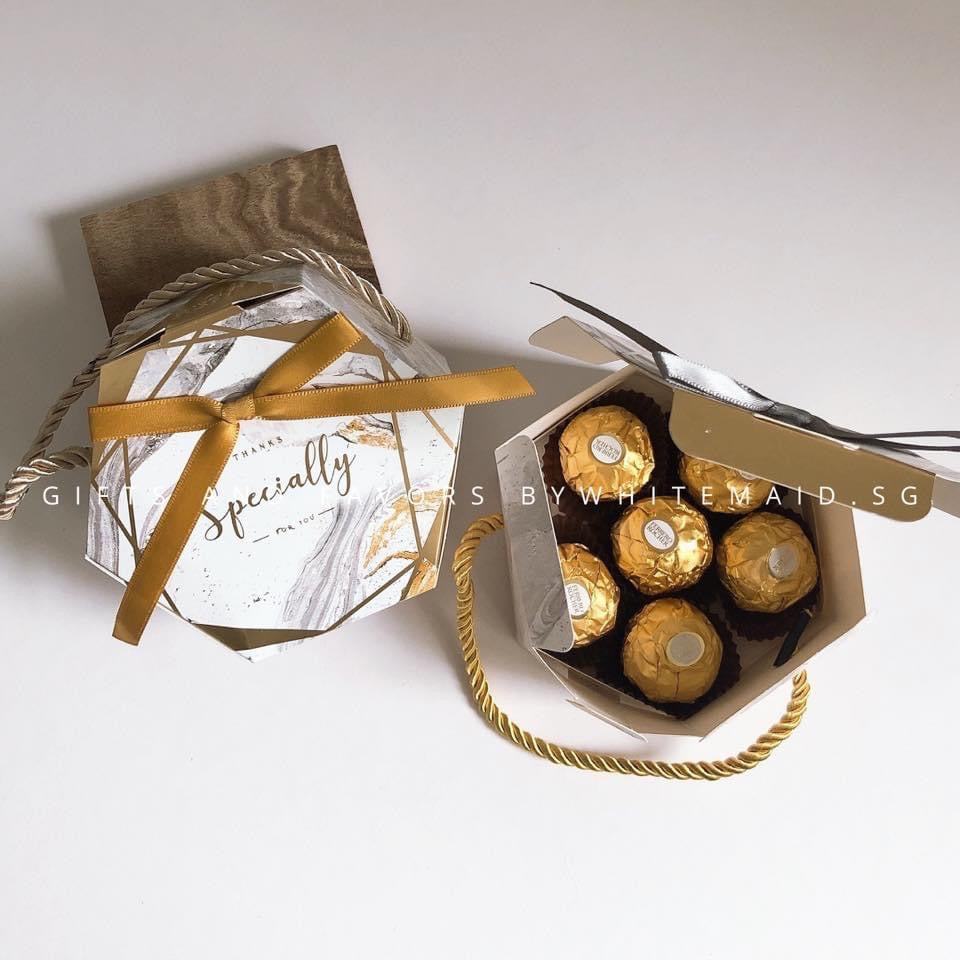 6pc Ferrero Rocher in Marble Box Carrier