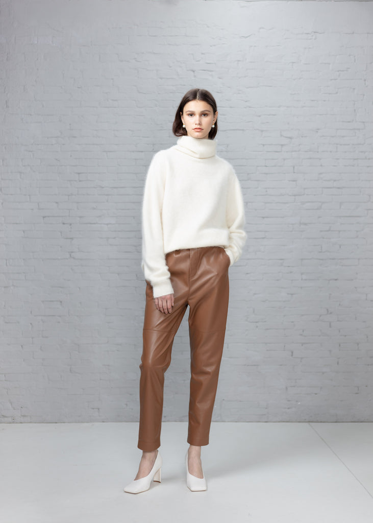 Stretched Lamb skin Peg Leg Pants