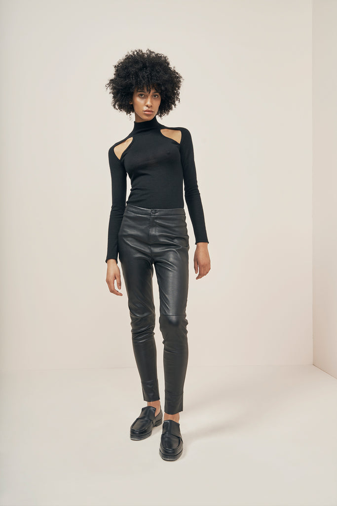 Stretch-leather  pants