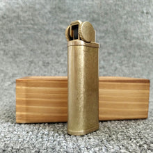 Load image into Gallery viewer, Retro Copper Soft Flame Butane Pipe Lighter