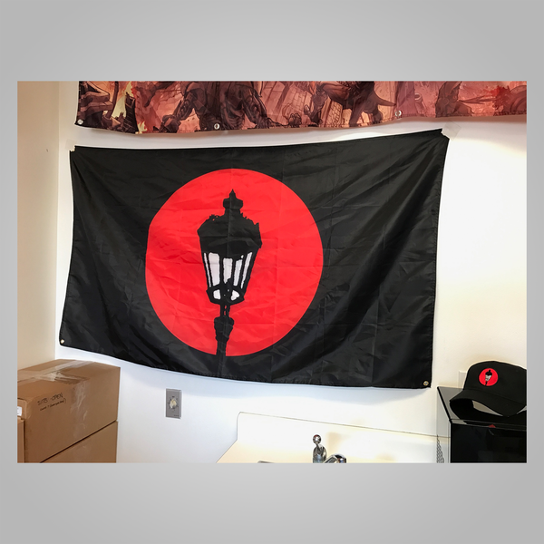 "Streetlight Manifesto ""Streetlamp Logo"" Flag (Black)"