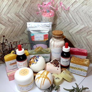 1. Beauty Box x 1 Month Subscription/Gift Set