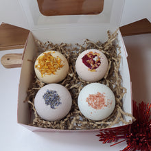 Load image into Gallery viewer, Bath Bomb Galore Gift Box