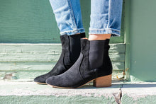 Load image into Gallery viewer, Holly Ankle Booties