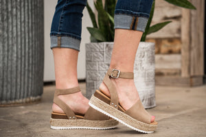 Topic Espadrille Platform Sandals - Natural
