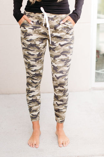 Ampersand and Avenue Joggers - Camo
