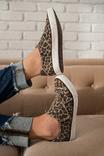 Load image into Gallery viewer, Ivette Leopard Slip On Sneaker