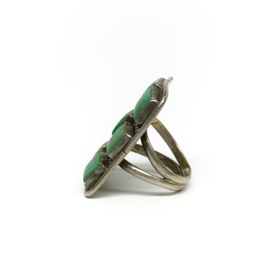 1940s SIX SQUARE STONE RING
