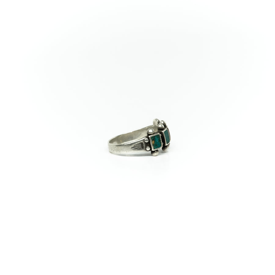 1930s SQUARE CUT CERRILLOS TURQUOISE RING
