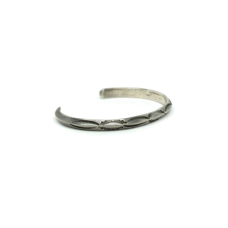 1940s CARINATED SILVER CUFF