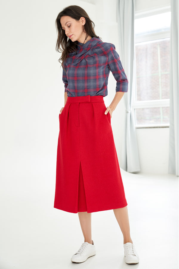 Pencil skirt with wool-blend red