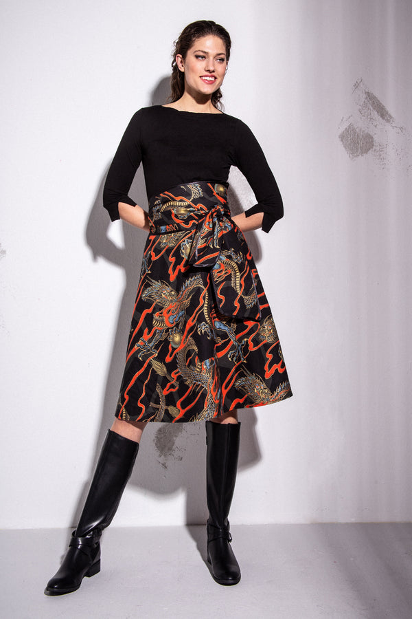 A-line skirt with tie belt and dragon print