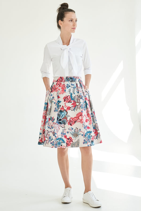 A-line skirt with victorian print