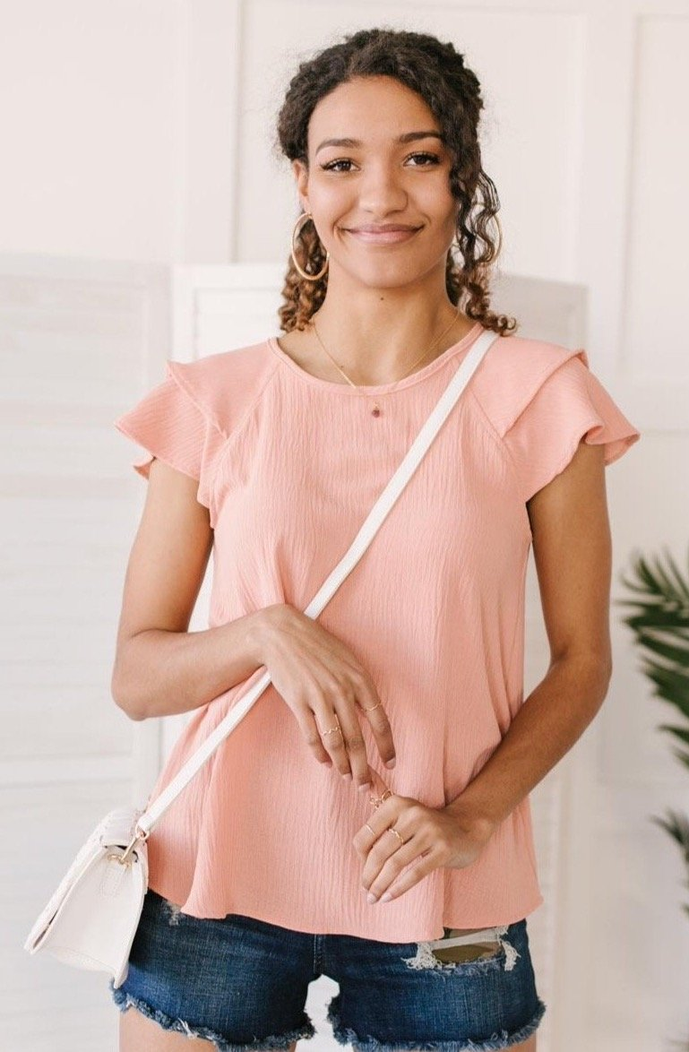 Light and Linen Top in Coral-Ave Shops-Avis Lane Boutique-Justin, Texas