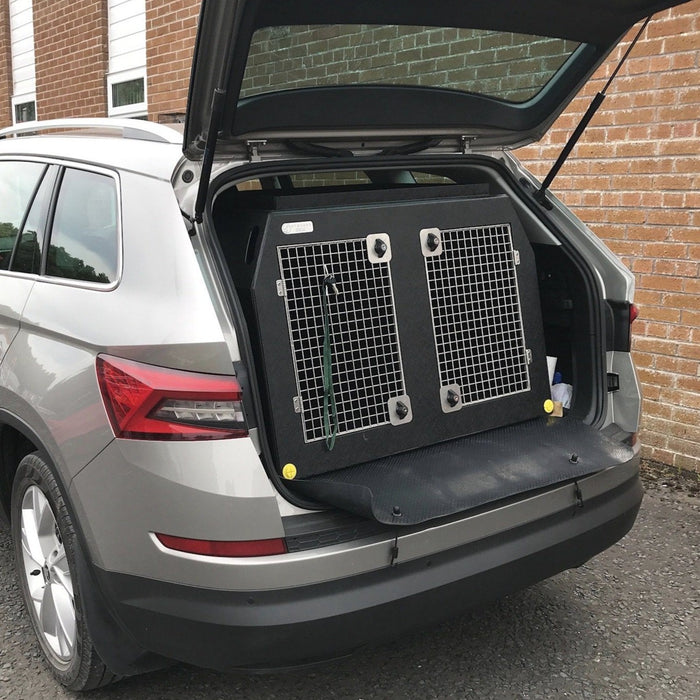 Ford Smax | 2006 -2014 | Dog Travel Crate | The DT 3 DT Box DT BOXES